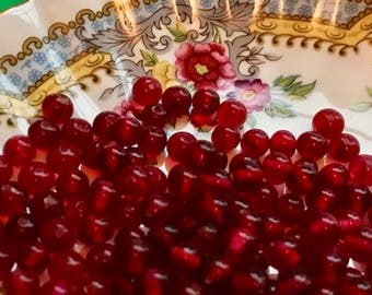 25 Vintage Cherry Brand, Miriam Haskell Glass Beads 6mm ruby Red Beads NOS, Glass Beads, Haskell beads, vintagerosefindings #B41