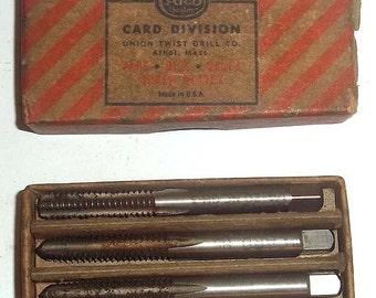 Vintage CARD 1/4 NC 20 Pipe Tap Set