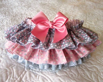 Ruffle Bottom Diaper Cover, Pink and Gray