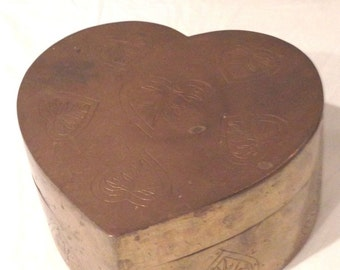Vintage Ornate Etched Solid Brass Heart Shaped Storage Box Made In India