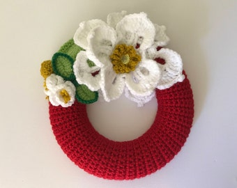 Flower wreath, girls room decor, Christmas wreath, small wreath, crochet wreath, door decor, red wreath, crochet flowers