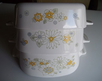 Corning Ware Set of 3- 1 Quart & 1 1/2 Quart, and 1 3/4 Quart Floral Bouquet 3rd Edition Print