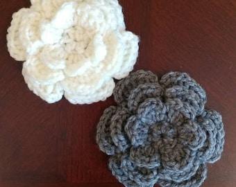 Decorative Crochet Flower Embellishment - 6 Petal