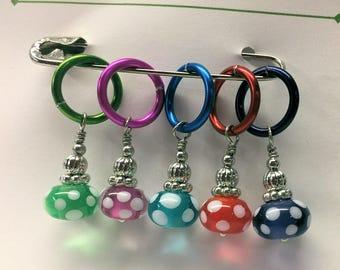 Dots It - Kiki Beads Lampwork - Knitting Stitch Markers - Fits up to size 15 needle