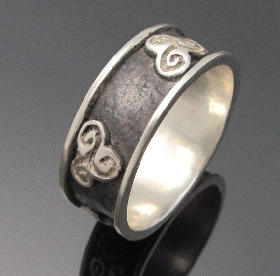 Newgrange Triple Spiral Ring - Triskele Ring - Irish Jewelry -Unisex Ring  - Newgrange Jewelry - Designed and Made in Ireland