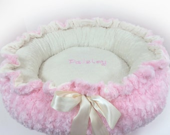 Pink Dog Bed, Black Pink Puppy Bed, Pink Cat Bed, Pink Kitty Bed, Personalized Pink Dog bed