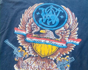 Vintage Smith and Wesson t-shirt