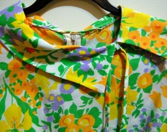 L Vintage 60s Sleeveless Floral Dress