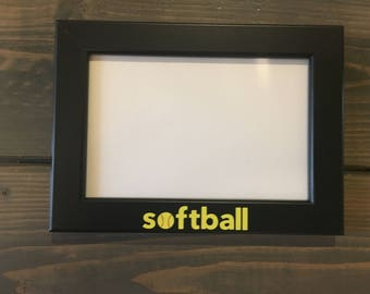 softball picture frame, holds a 4 x 6 photo, team photo picture frame, softball coach gift