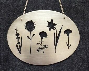 Custom Family Flower Wallhanging
