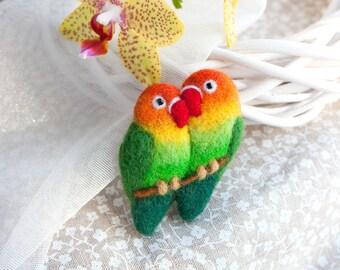 Lovebirds brooch Felt Birds Brooch Felted love birds Colorful brooch Parrot jewelry Bird pin Valentines day gift Gift for mom