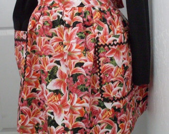 Vintage Inspired Retro Hostess Apron in Beautiful Lily Print with Rickrack Trim