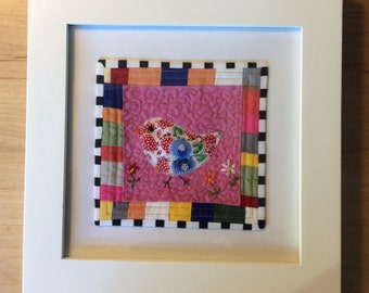 Happy chick quilt , Quilted Art, quilted wall hanging, home decor, fabric wall art, modern art quilt