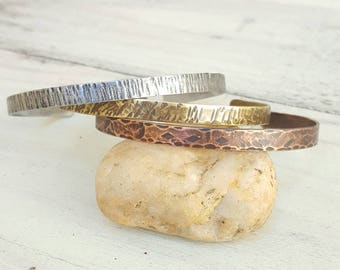 Set of stackable bracelets, Bohemian, metal, copper, brass, zinc, hammered, oxidized, old, gold, silver