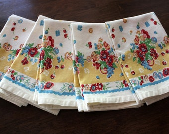 Floral Dish Towel in Granny's Garden Print
