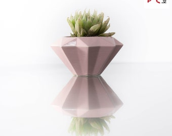 Diamante planter