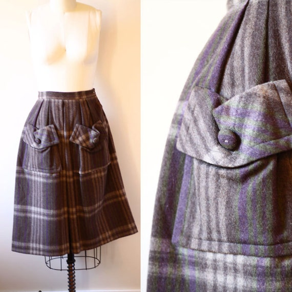 SALE / 1950s felt plaid skirt // circle skirt // vintage skirt
