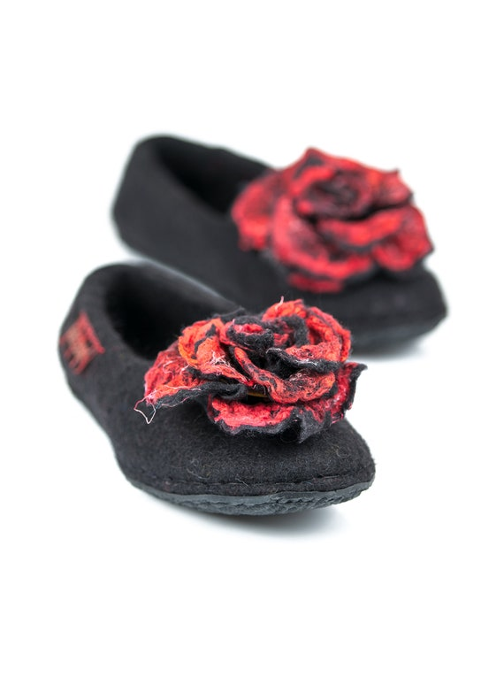 gift for Brooches Felted day Everlasting Slippers Slippers Rose Flowers Pins with with Flower Slippers Wool Felted Home Mothers Roses TqwgtHxn6Y