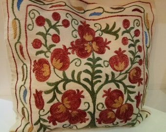 Hand silk embroidered suzani pillow. Accent pillow. Pomegranates tree