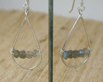 Tear drop labradorite beaded earrings