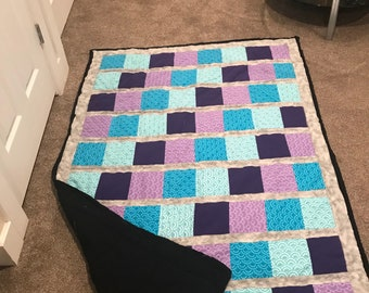 Quilt and matching pillowcase
