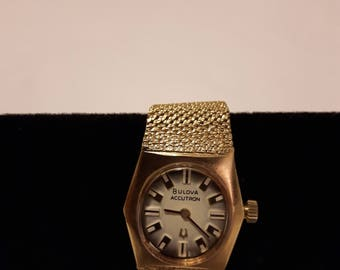 Vintage Bulova Accutron 10k Gold Filled Watch - 1970s - Collectible/Wedding/Anniversary/Birthday/Mother's Day