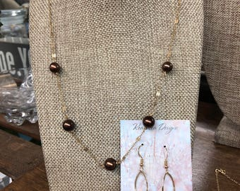 Chocolate pearl necklace and earring set