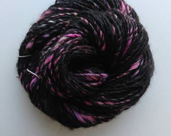 Handspun / local alpaca / black / single / 85 yards / 2.5 ounce / 8-10 wpi / worsted weight / bamboo / wool