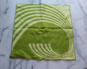 Vintage Irish Linen 'Best Seller' Hanky in Spring Grass Green