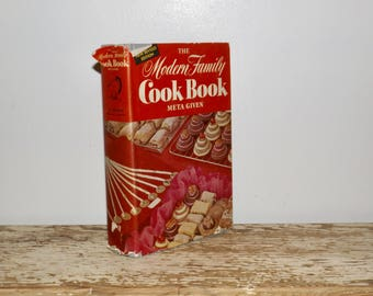Modern Family Cook Book,Meta Given,1961,hardcover,dust jacket,red white cover,color illustrations,gray cookbook,old fashioned,recipe book