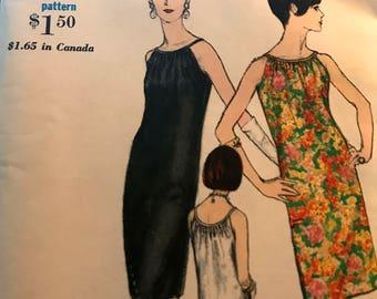 Perfect Little Black Dress Pattern---Vogue 6766---Size 10  Bust 31