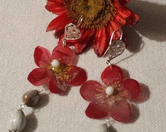 Pendant earrings with real red plum blossom and raffia seeds