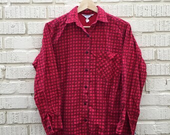 Vintage Red and Black Flannel. Collars and Cuffs California Long Sleeve Shirt. Small. 100% Cotton