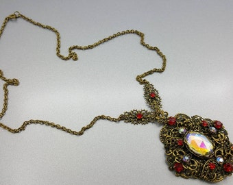 Austro Hungarian German Czech styled  Strand Necklace Pendant Pretty Wedding