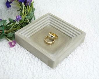 Bague coque béton - bague plaque - mariage - carré--stockage de cadeau bijoux modernes