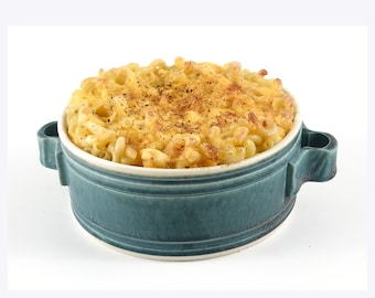 Little Casseroles - Oven tested. Great for Mac & Cheese. 4 Colors to choose from.