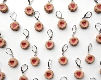 Jammy Dodger Stitch Markers. Universal for knitting and crochet. Little Box of Crochet.