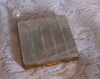Beautiful Vintage Mother of Pearl topped Volupte Compact
