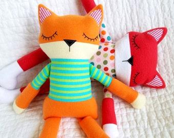 Fox Softie Sewing Pattern - Sleepy Soft Fleece Toy Animal Sewing Pattern Tutorial for Babies, Girls & Boys - children - kids - PDF e-pattern