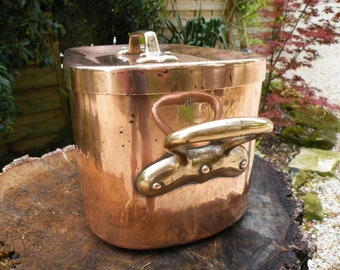 "Antique 1800s French Copper Daubiere / Stewing Pan -DOVETAILED SEAMS  6.65lbs / 3.02kgs  STAMPED  ""30""  On The Body And On The Lid"