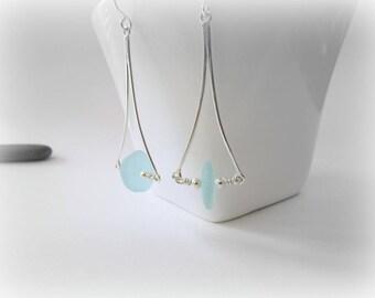 Sea glass earrings. Sterling Silver Earrings. Sea glass jewelry. Handmade Maine Jewelry. Beach glass drop earrings. Silver dangle earrings.
