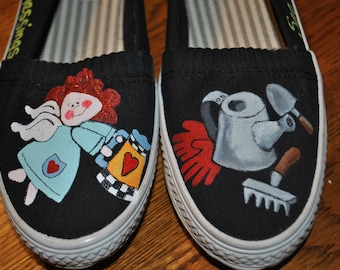 For Sale Cute Gardening shoes size 7  READY TO SHIP
