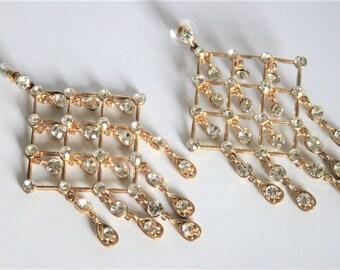 Vintage crystal earrings.  Chandelier earrings. Large earrings. Long earrings