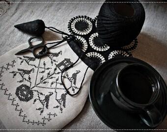 Halloween Ditty Bag / Primitive cross stitch pattern