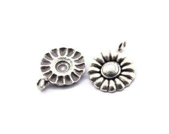 Thai Karen Hill Tribe Silver,Circular Shaped Flower Karen Hill Tribe Handmade Charms,Charms,Karen Silver- KSC0177