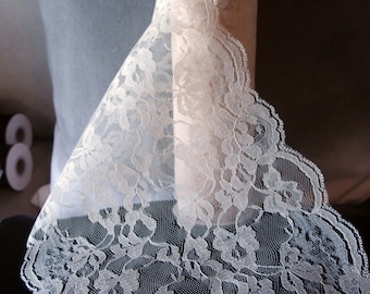 White lace table runner, wedding table runner, wedding lace