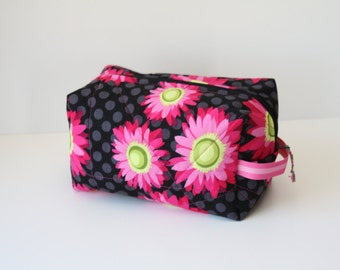 Quilted Box Bag - Patty Young Black Flora and Fauna Fabric