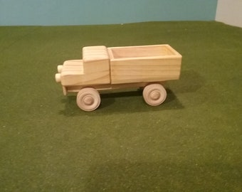 Wood Pick Up Truck - Closed End