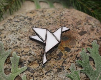 Origami Dove Peace Symbol Flying Bird Little Origami Dove Pin Geometric brooch Bird brooch Dove peace accessory Small gift for her Dove art