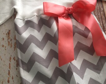Newborn Layette, Infant Gown, Baby Gown - Girl - Gray Chevron with Coral Bow